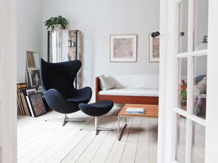 lesesessel mit ohne hocker in modernem design connox. Black Bedroom Furniture Sets. Home Design Ideas