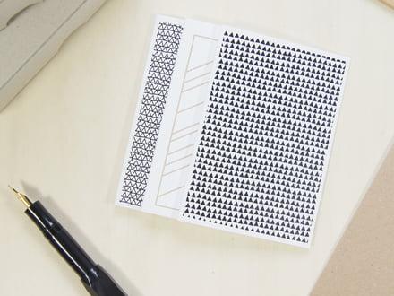 Karte bringt mit der Shaking Through Grußkarte drei ausgefallene Designs auf edles 300g Papier