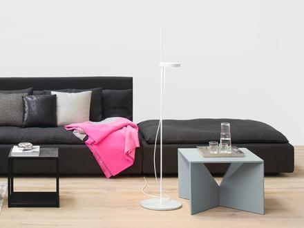 Design-Wohnzimmertisch aus Holz, Glas kaufen | Connox