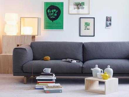 Das Rest Sofa von Muuto - ein Sitzmöbel im minimalistischen Design