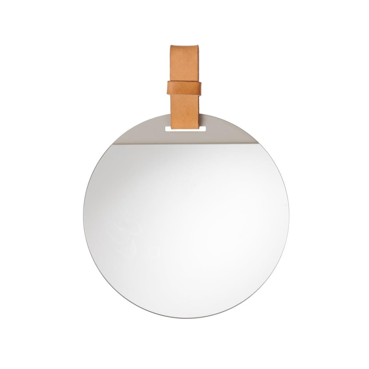 Enter spiegel von ferm living connox shop for Spiegel international