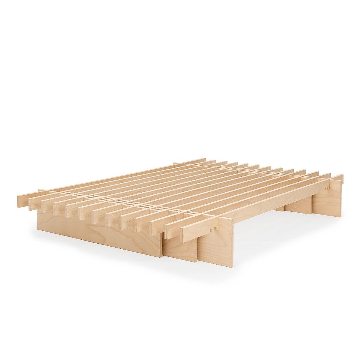 parallel bett von tojo im wohndesign shop. Black Bedroom Furniture Sets. Home Design Ideas