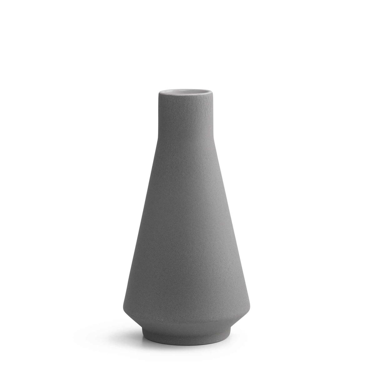 vases 2 vase von karakter im shop kaufen. Black Bedroom Furniture Sets. Home Design Ideas