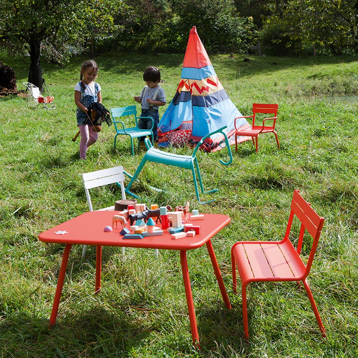 luxembourg kid kindertisch von fermob shop. Black Bedroom Furniture Sets. Home Design Ideas