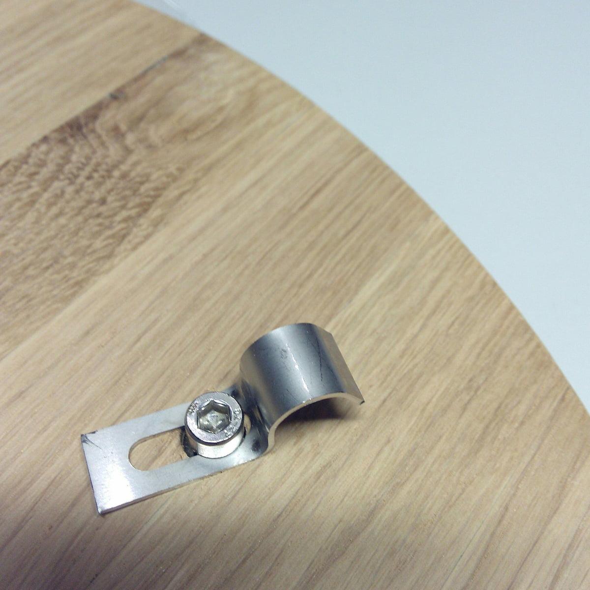 Design Sale - Ox Denmarq - Mini O Beistelltisch Ø 40 cm, edelstahl / eiche