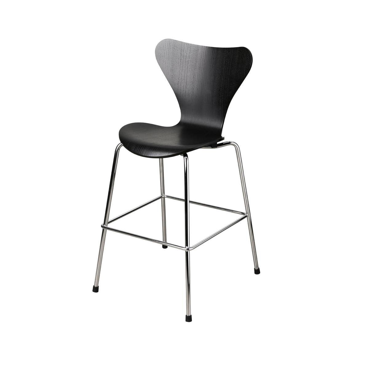 Fritz Hansen Serie 7 Junior Stuhl, Chrom schwarz