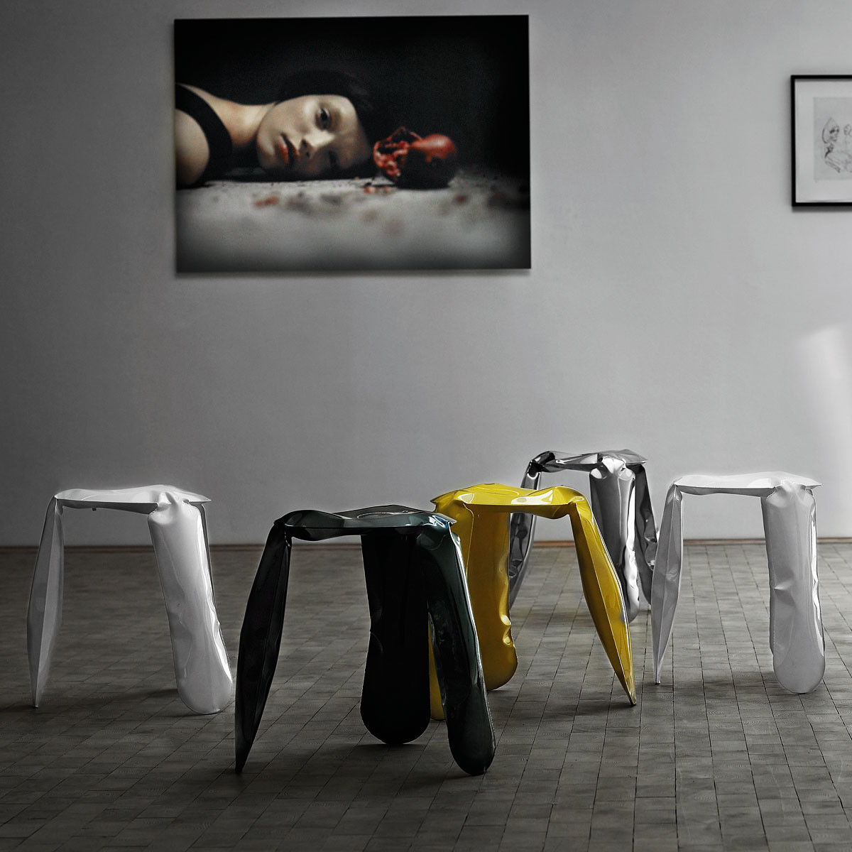 plopp hocker von zieta im shop. Black Bedroom Furniture Sets. Home Design Ideas