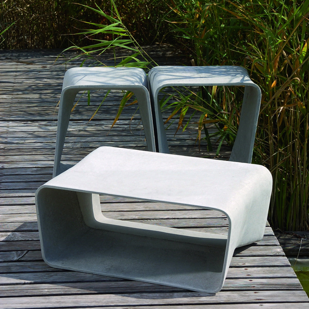 Ecal tisch eternit shop for Outdoor tisch design