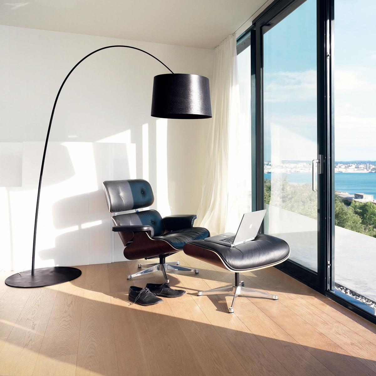 Twiggy Bogenleuchte Von Foscarini Mit Lounge Chair U0026 Ottoman Von Vitra