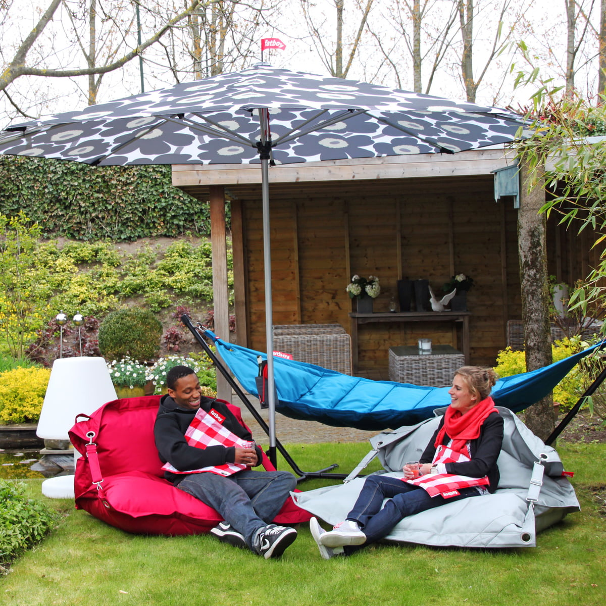 buggle up outdoor sitzsack von fatboy connox. Black Bedroom Furniture Sets. Home Design Ideas