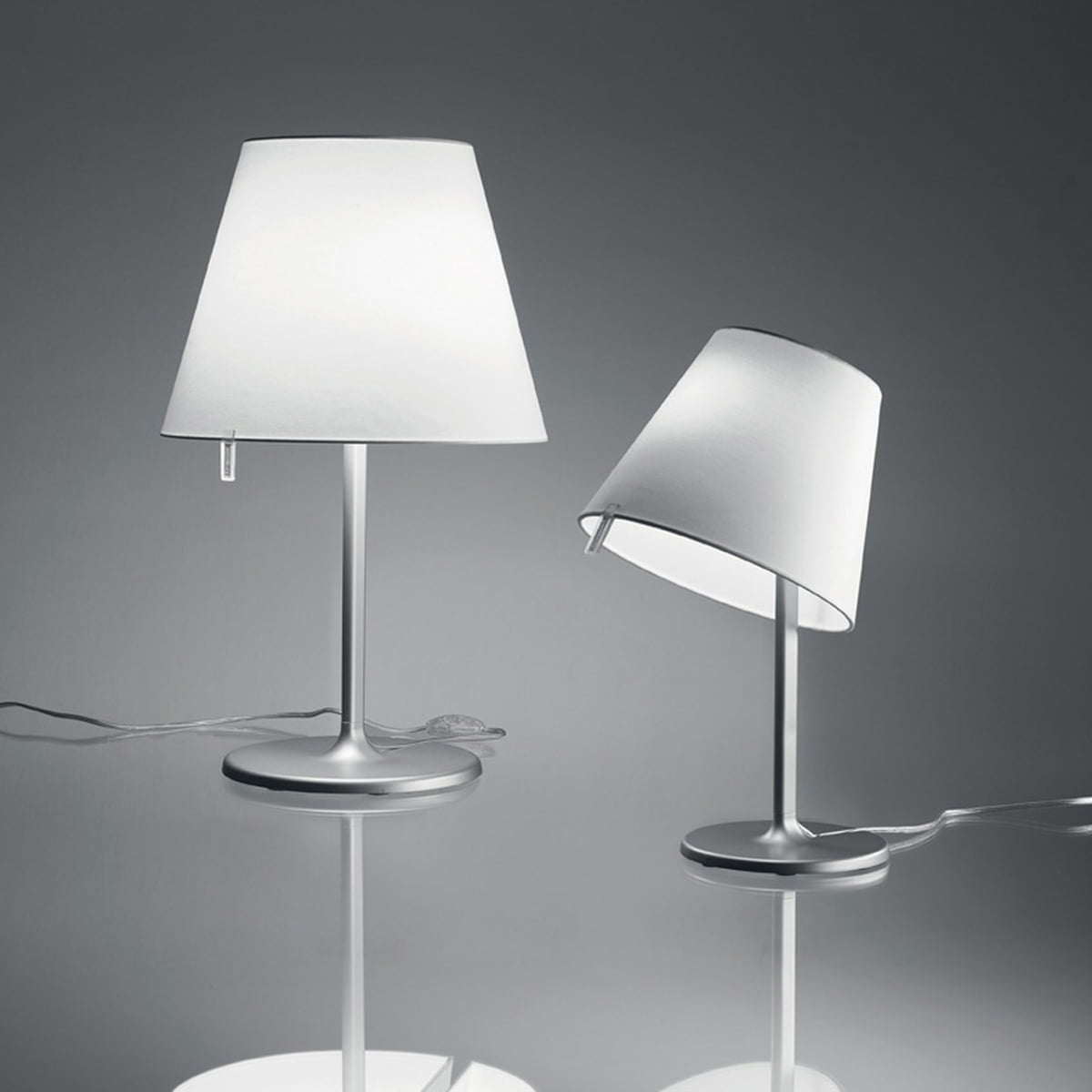 melampo tavolo von artemide im design shop. Black Bedroom Furniture Sets. Home Design Ideas