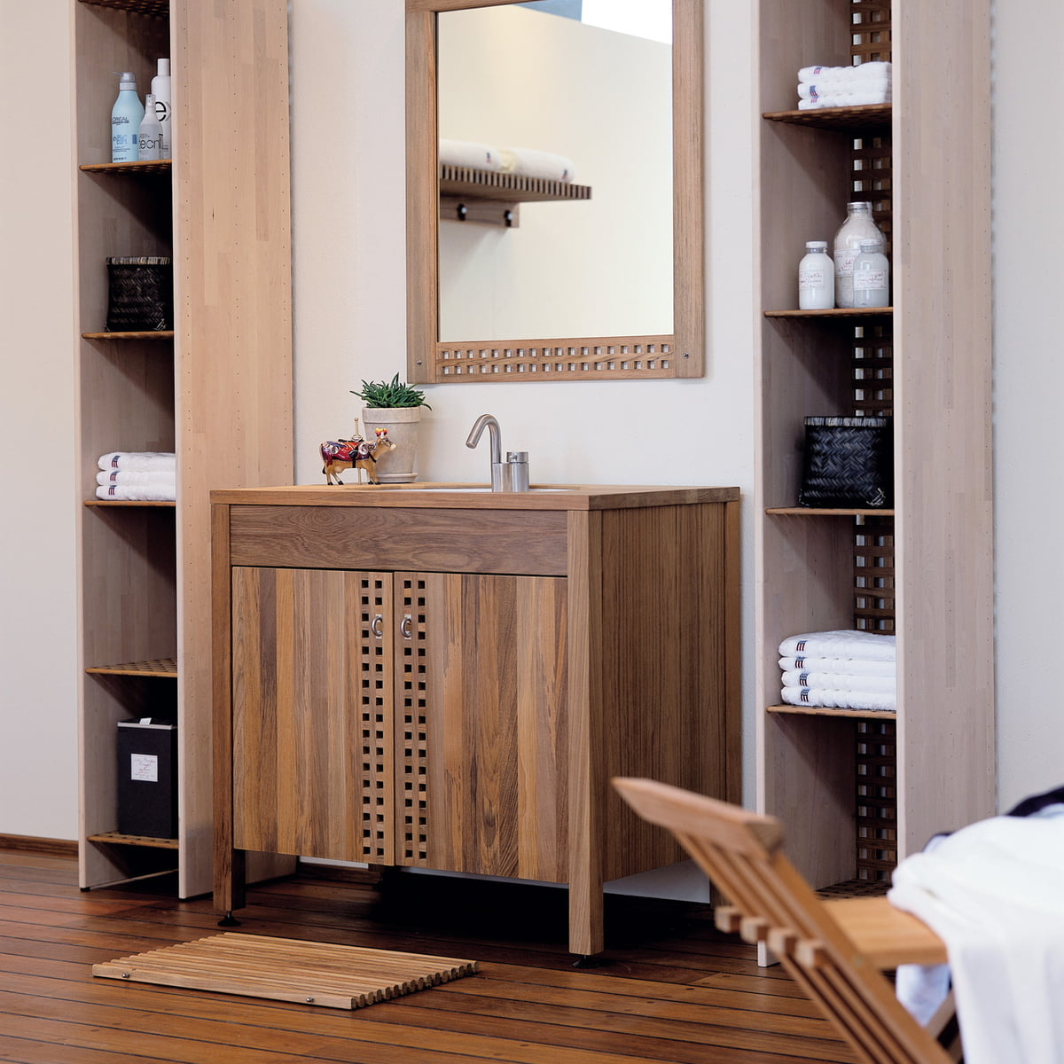skagerak badezimmermatte im wohndesign shop. Black Bedroom Furniture Sets. Home Design Ideas