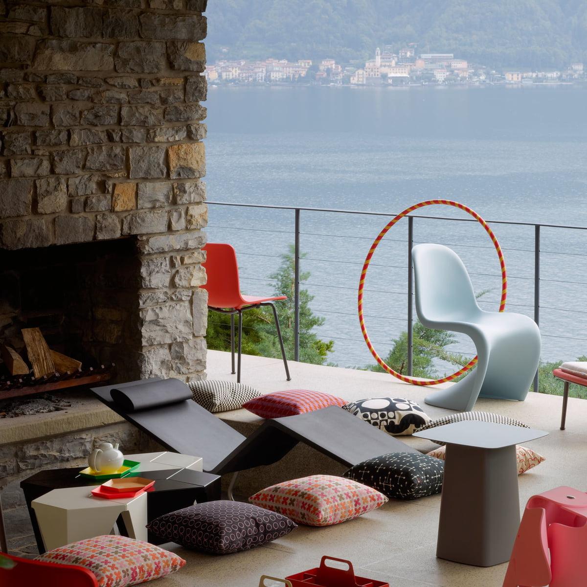 vitra kissen small dot pattern document reserve. Black Bedroom Furniture Sets. Home Design Ideas