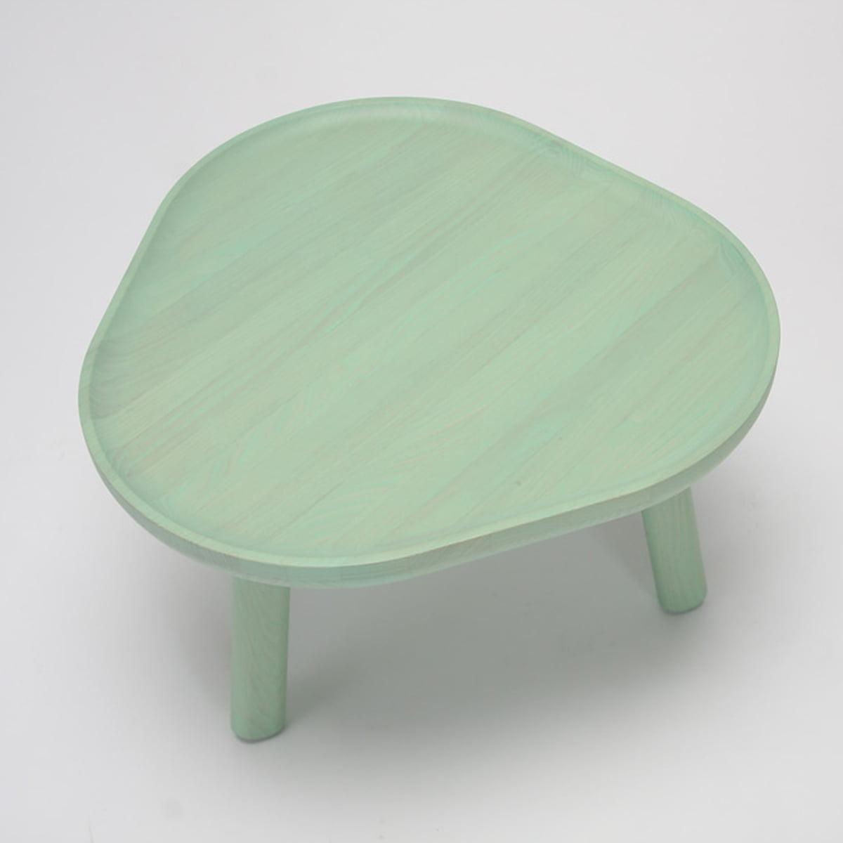 soft triangle tisch von karimoku new standard. Black Bedroom Furniture Sets. Home Design Ideas