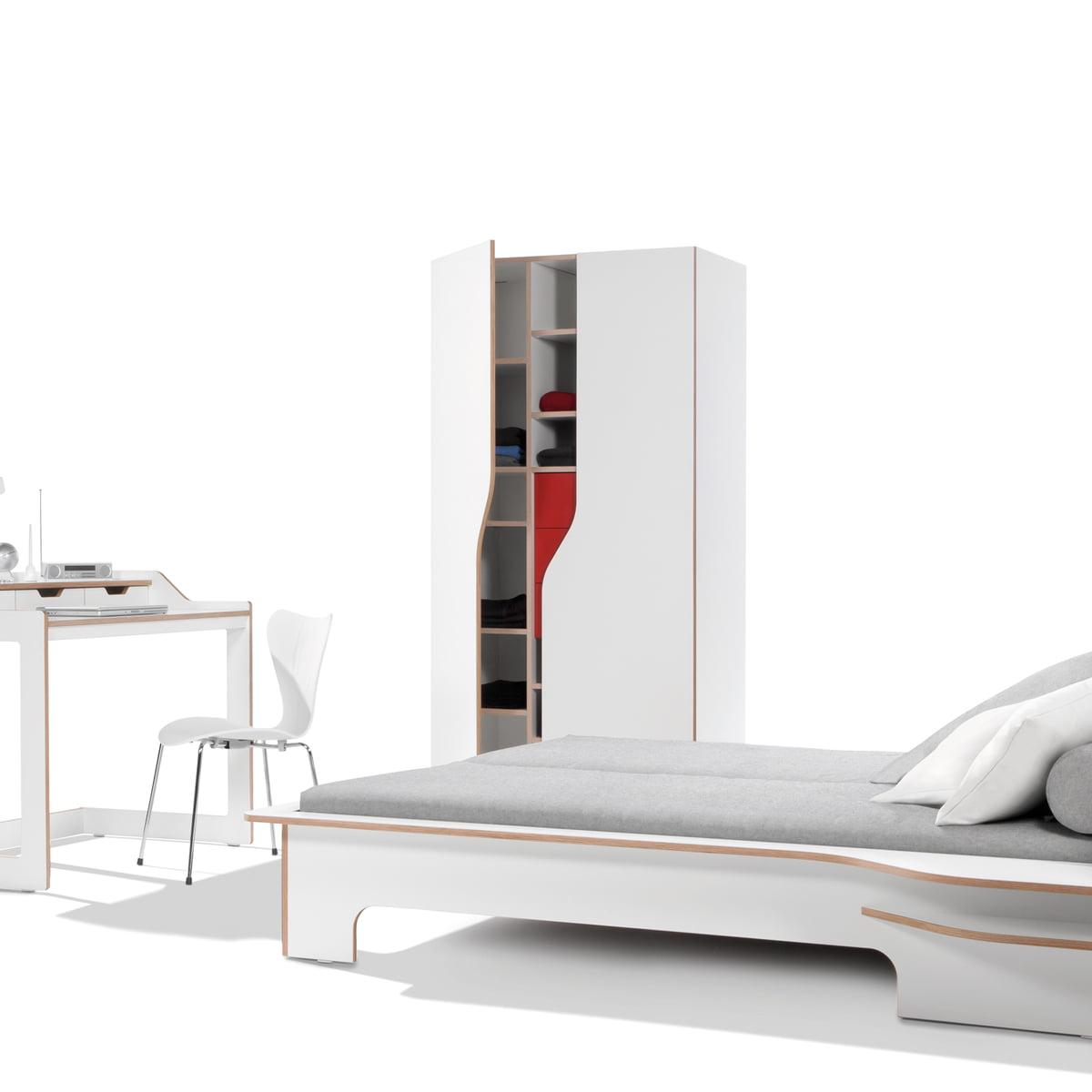 Kleiderschrank italienisches design  Plane Schrank von Müller Möbelwerkstätten