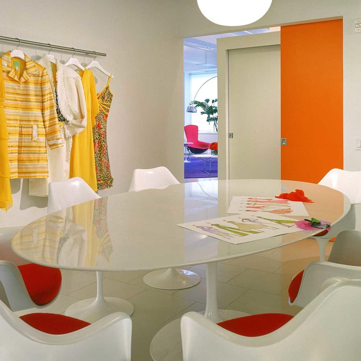 saarinen tulip esstisch von knoll connox. Black Bedroom Furniture Sets. Home Design Ideas