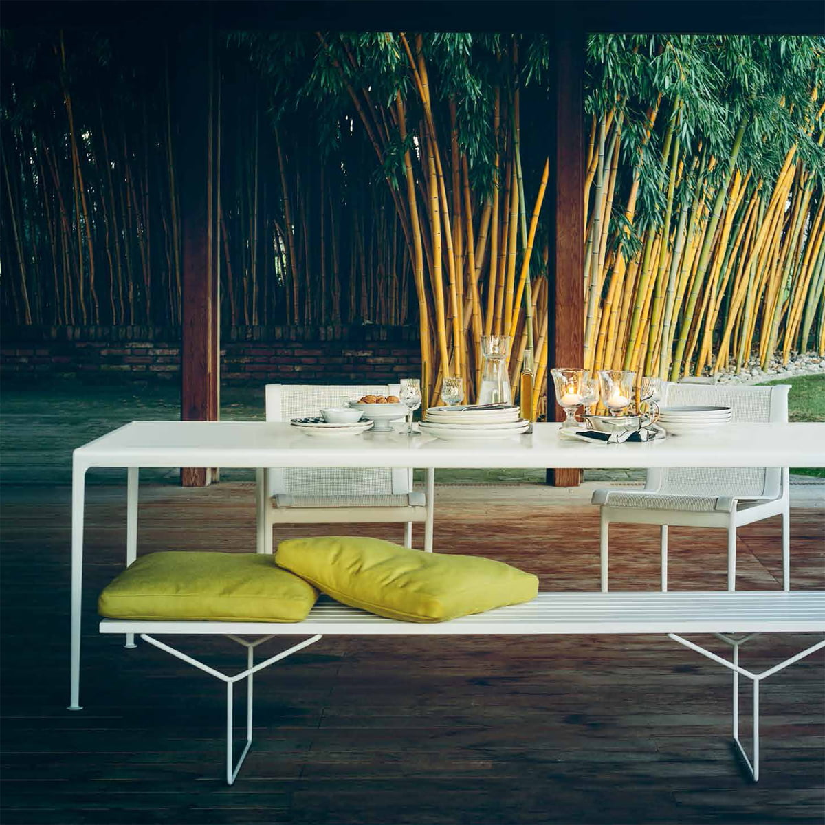 bertoia outdoor bank von knoll im shop. Black Bedroom Furniture Sets. Home Design Ideas