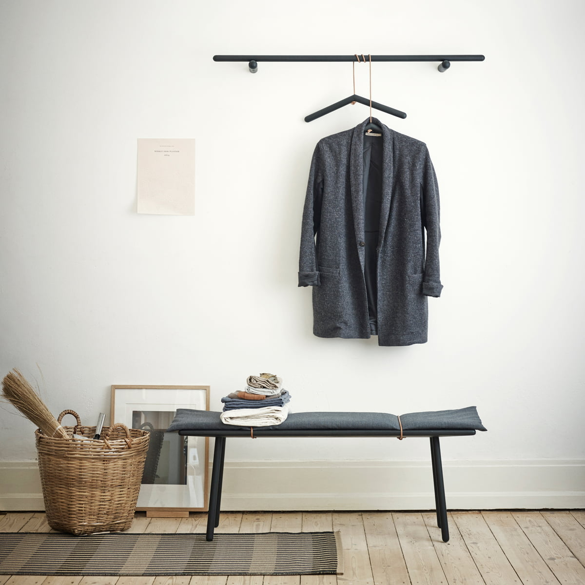 georg garderobe von skagerak im design shop. Black Bedroom Furniture Sets. Home Design Ideas