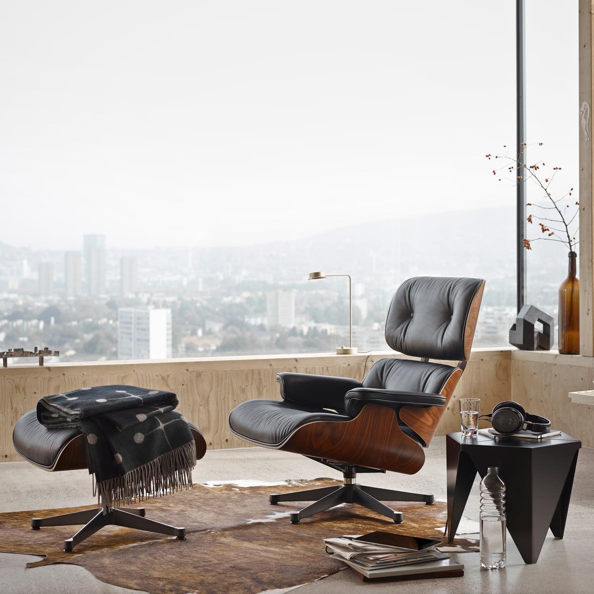 Lounge Chair U0026 Ottoman Von Vitra Mit Dem Prismatic Table