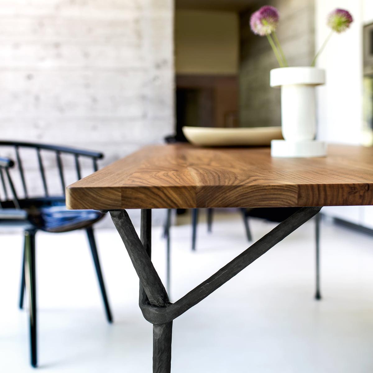 magis officina esstisch im shop. Black Bedroom Furniture Sets. Home Design Ideas