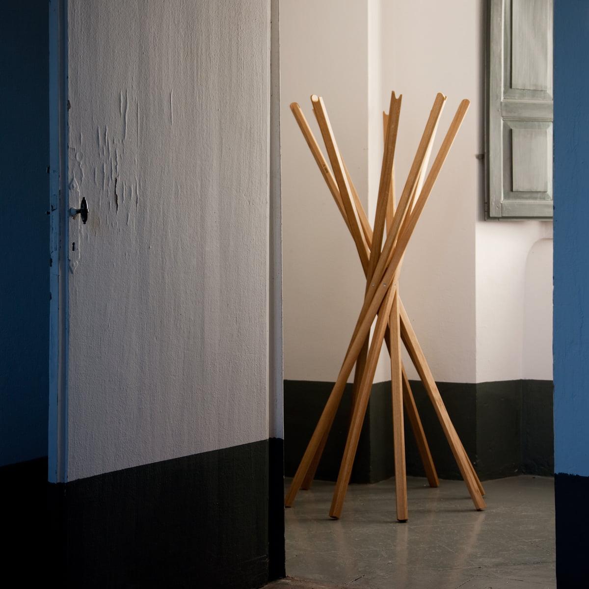 sciangai kleiderst nder von zanotta im shop. Black Bedroom Furniture Sets. Home Design Ideas