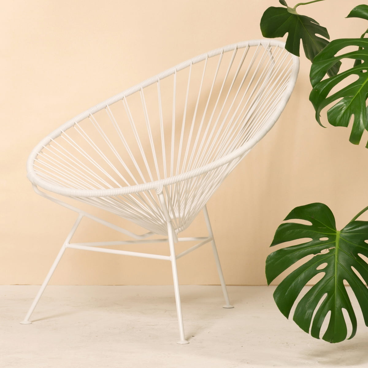 Acapulco all white von ok design im shop for Acapulco chair stuhl ok design
