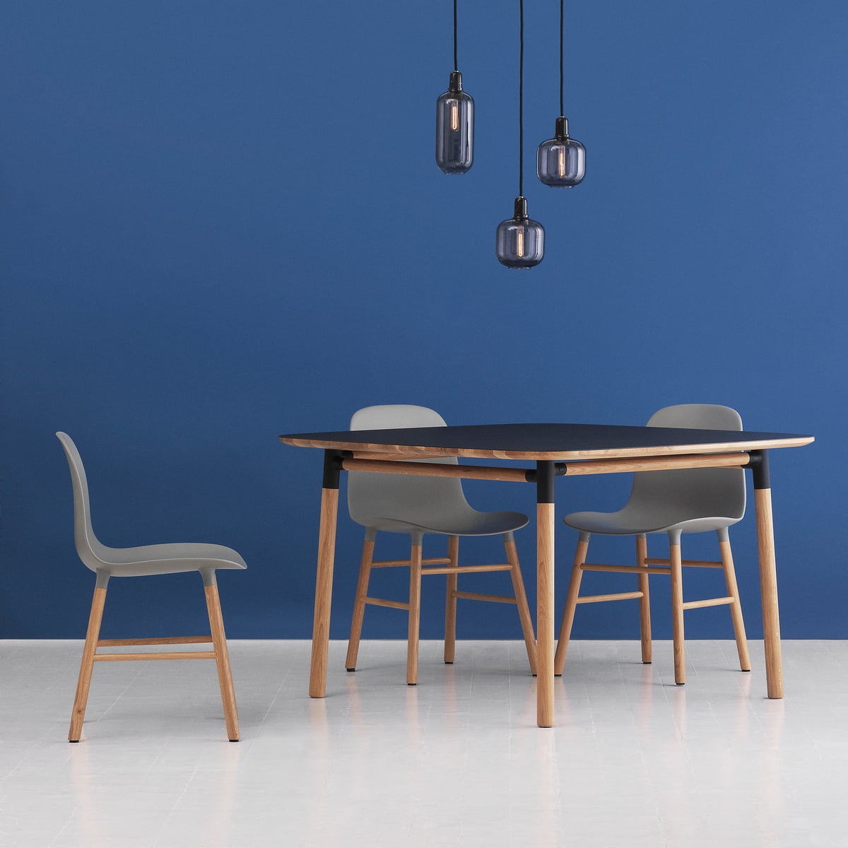 Wunderbar Form Table 120 X 120 Cm Von Normann Copenhagen