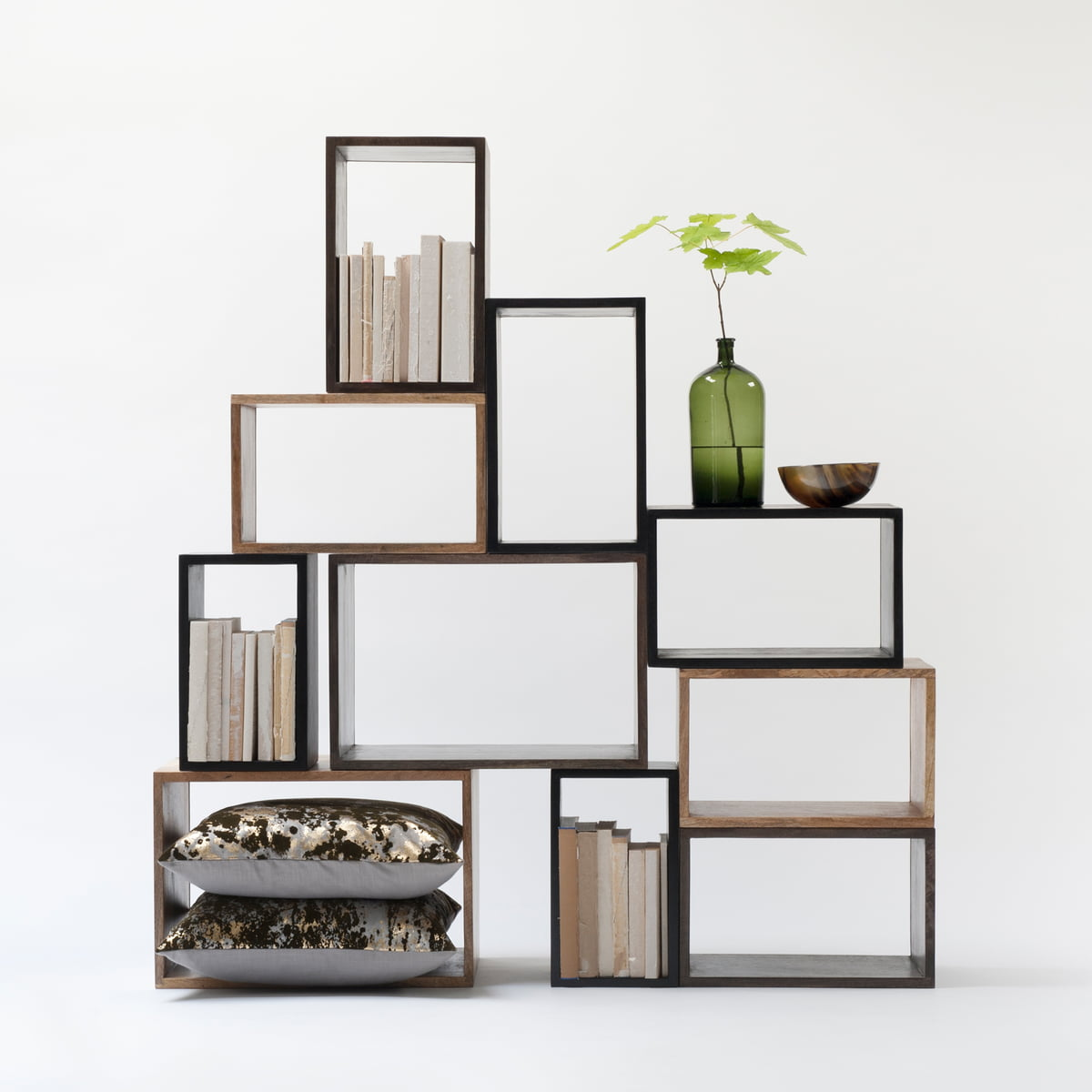 box system regal von mater im wohndesign shop. Black Bedroom Furniture Sets. Home Design Ideas