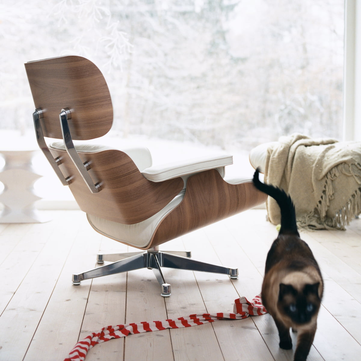 Vitra Lounge Chair Weiss Ambiente