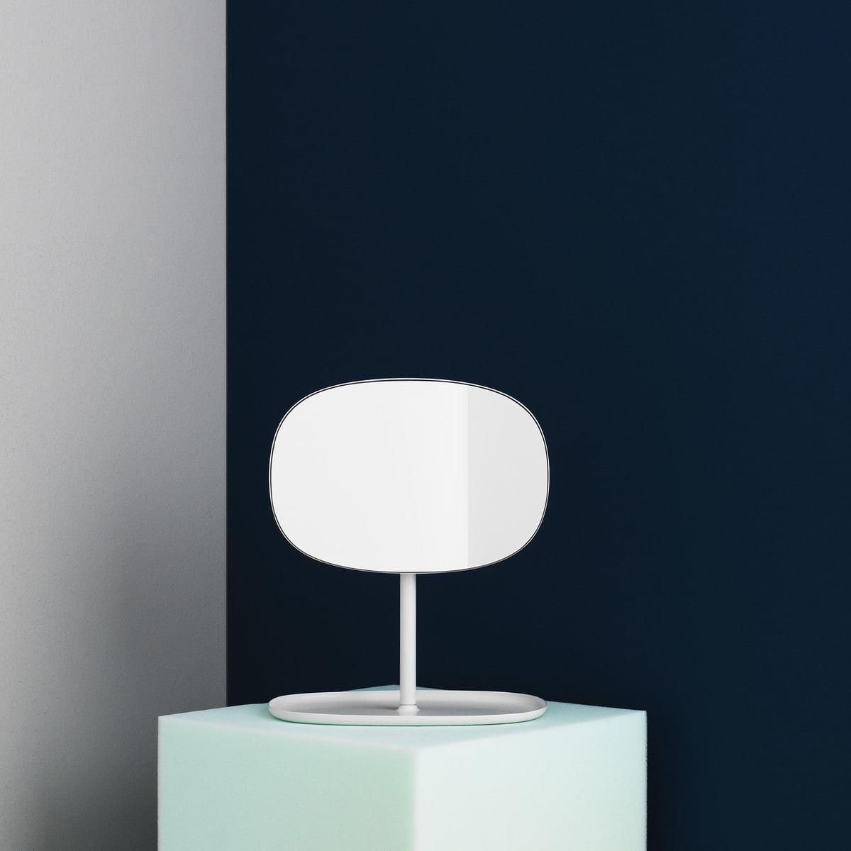 Flip spiegel von normann copenhagen connox for Spiegel hintergrund