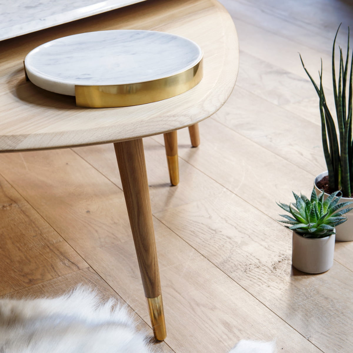 marmor tablett von red edition connox shop. Black Bedroom Furniture Sets. Home Design Ideas