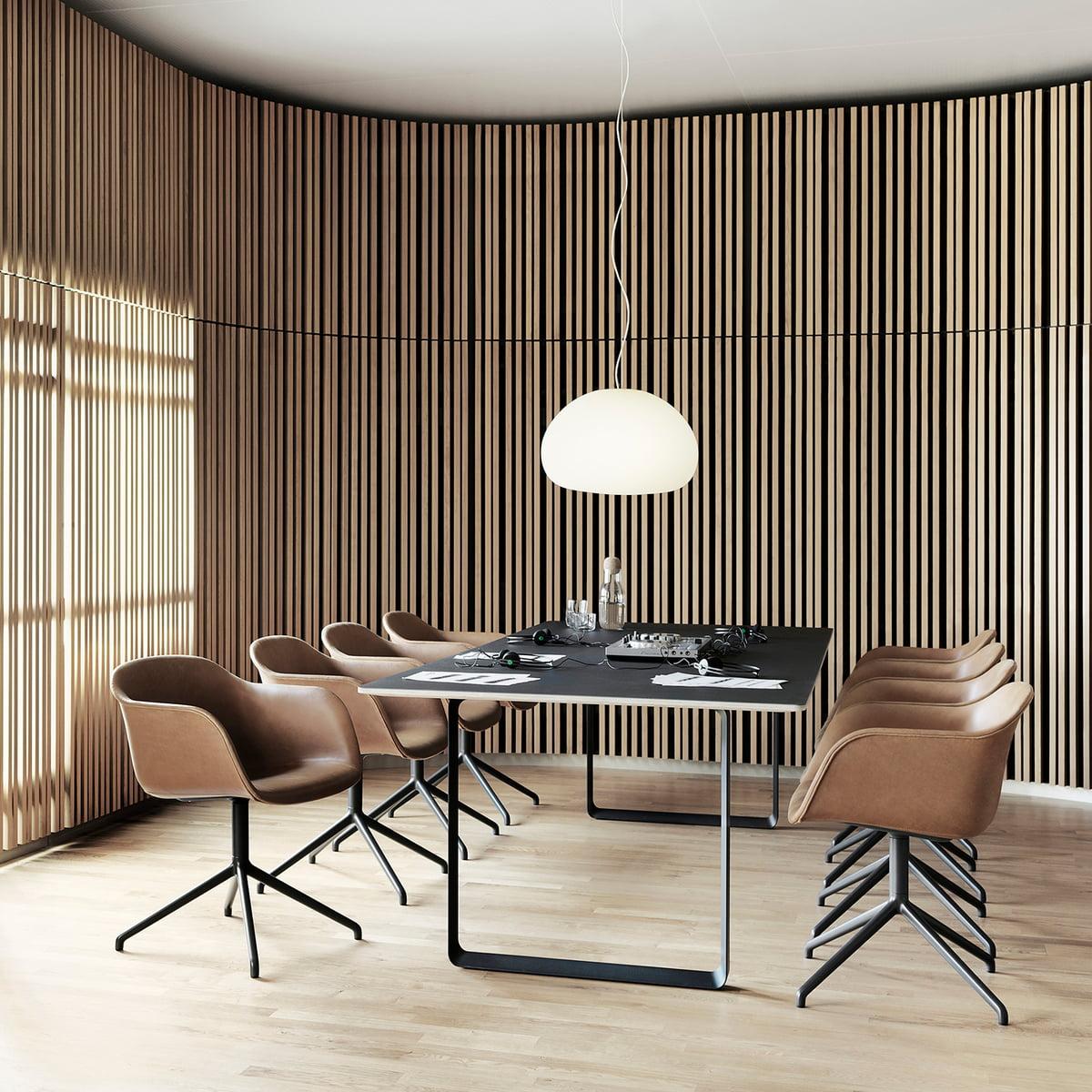 Esstisch designklassiker  70/70 Esstisch 225 x 90 cm von Muuto | Connox