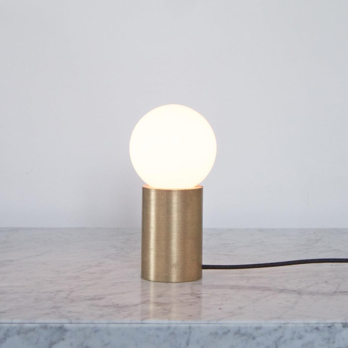 menu socket occasional lampe connox shop. Black Bedroom Furniture Sets. Home Design Ideas