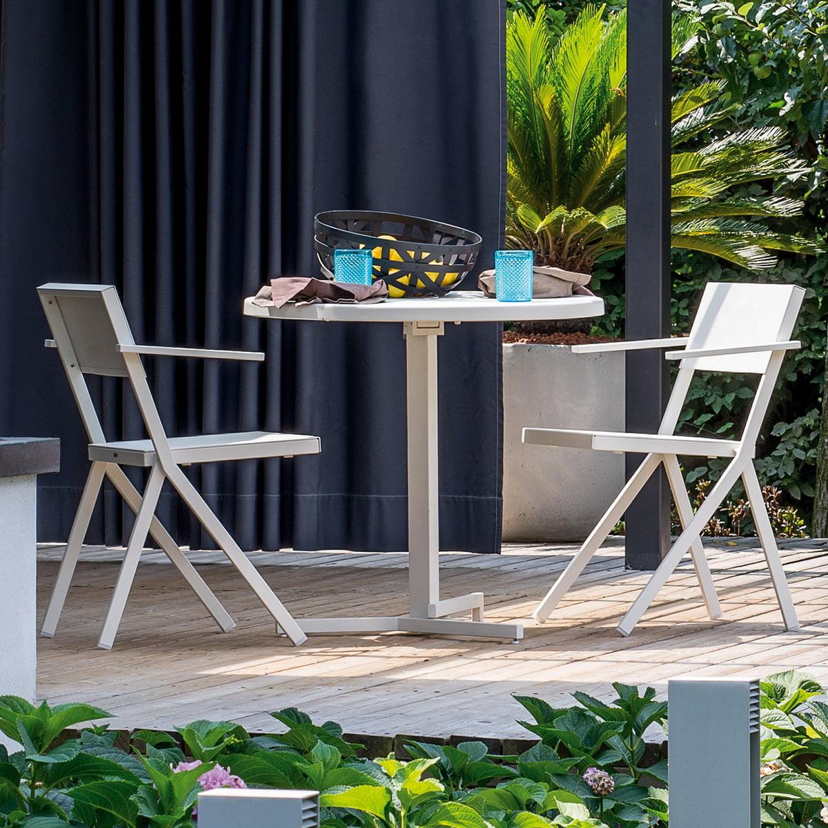 armlehnstuhl mia von emu connox shop. Black Bedroom Furniture Sets. Home Design Ideas