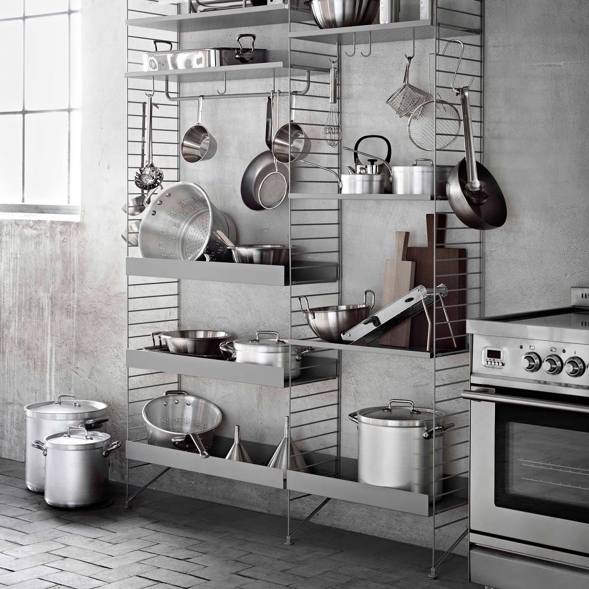 metallablage mit hoher kante von string. Black Bedroom Furniture Sets. Home Design Ideas