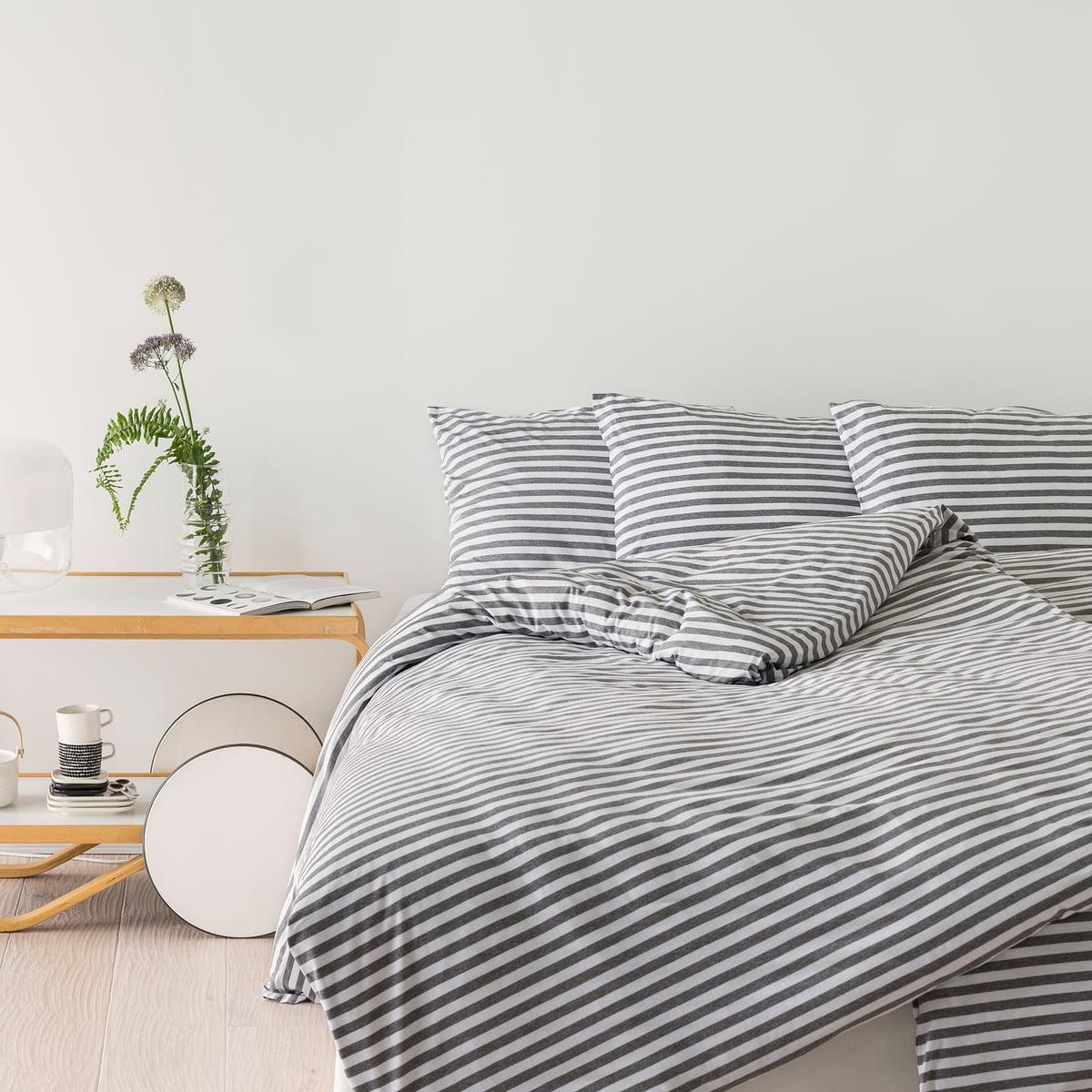 streifen kopfkissenbezug tasaraita marimekko connox. Black Bedroom Furniture Sets. Home Design Ideas
