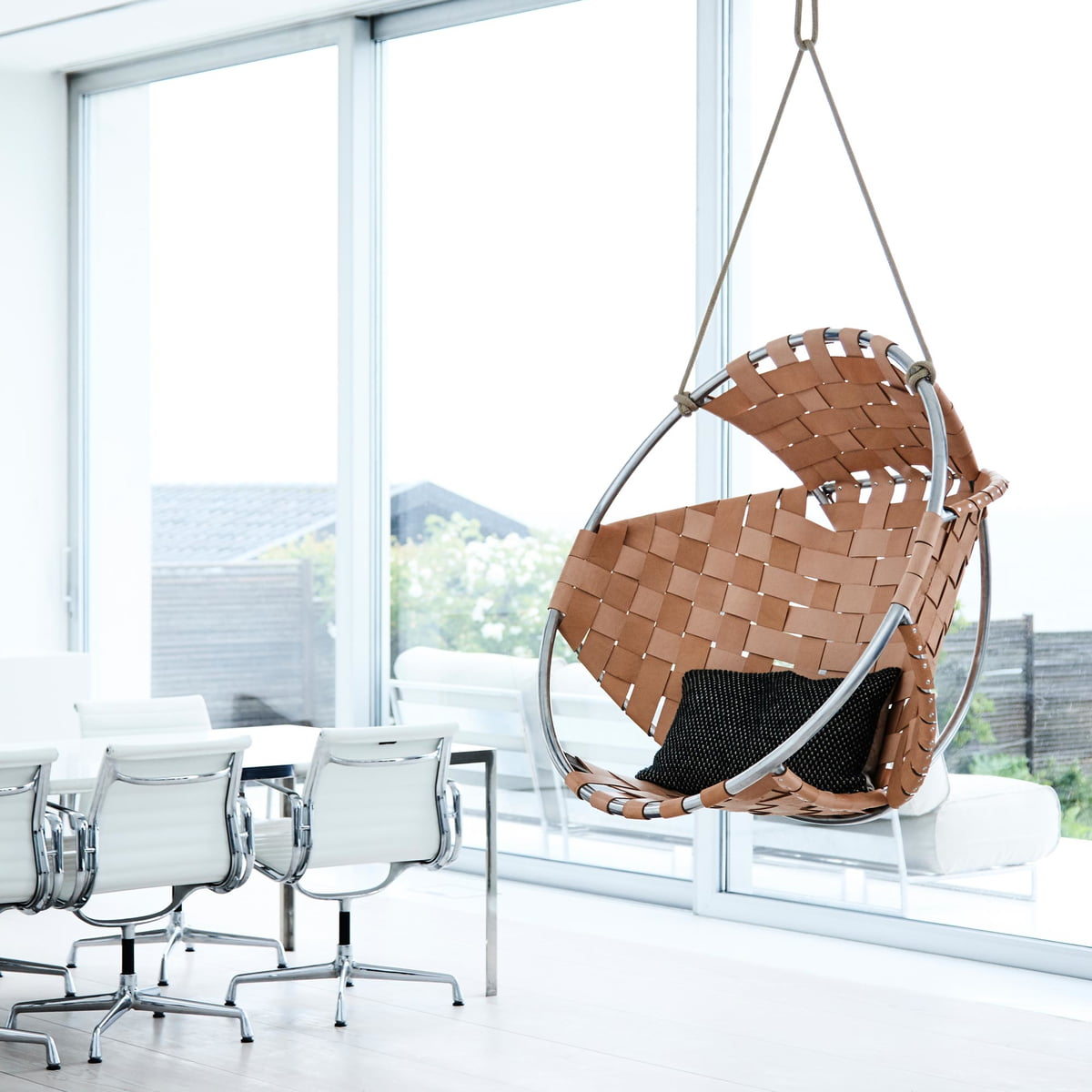 h ngesessel cocoon von trimm copenhagen. Black Bedroom Furniture Sets. Home Design Ideas
