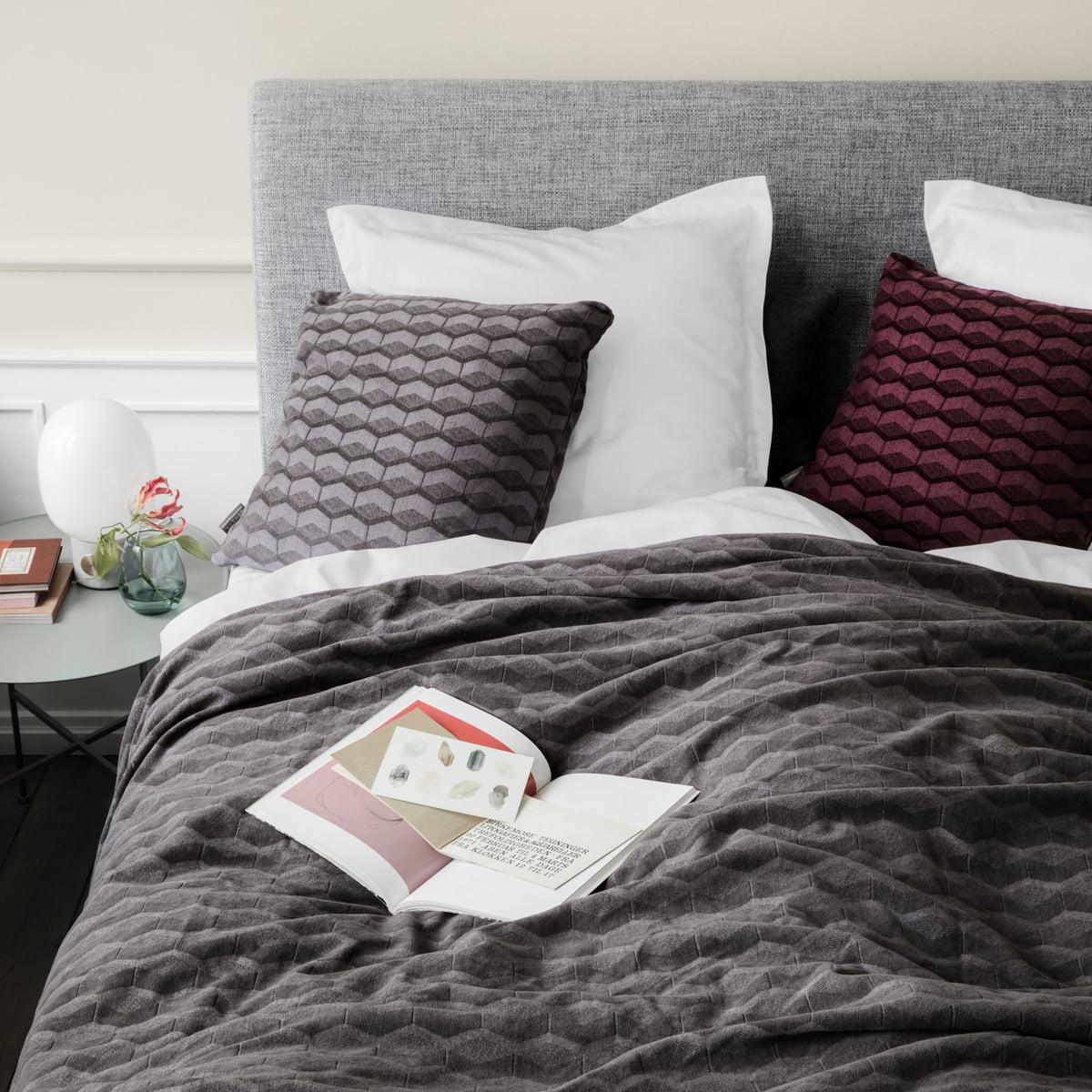 kubus tagesdecke von georg jensen damask. Black Bedroom Furniture Sets. Home Design Ideas