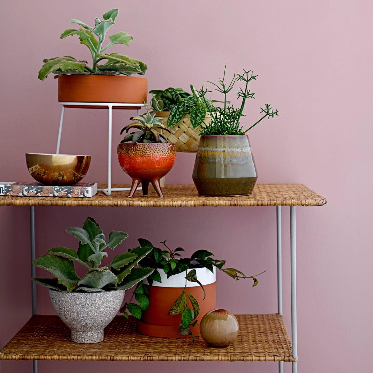 terrakotta blumentopf mit untersetzer von bloomingville. Black Bedroom Furniture Sets. Home Design Ideas