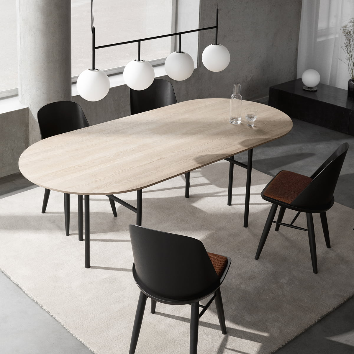 Snaregade table oval von menu im design shop for Tisch design oval