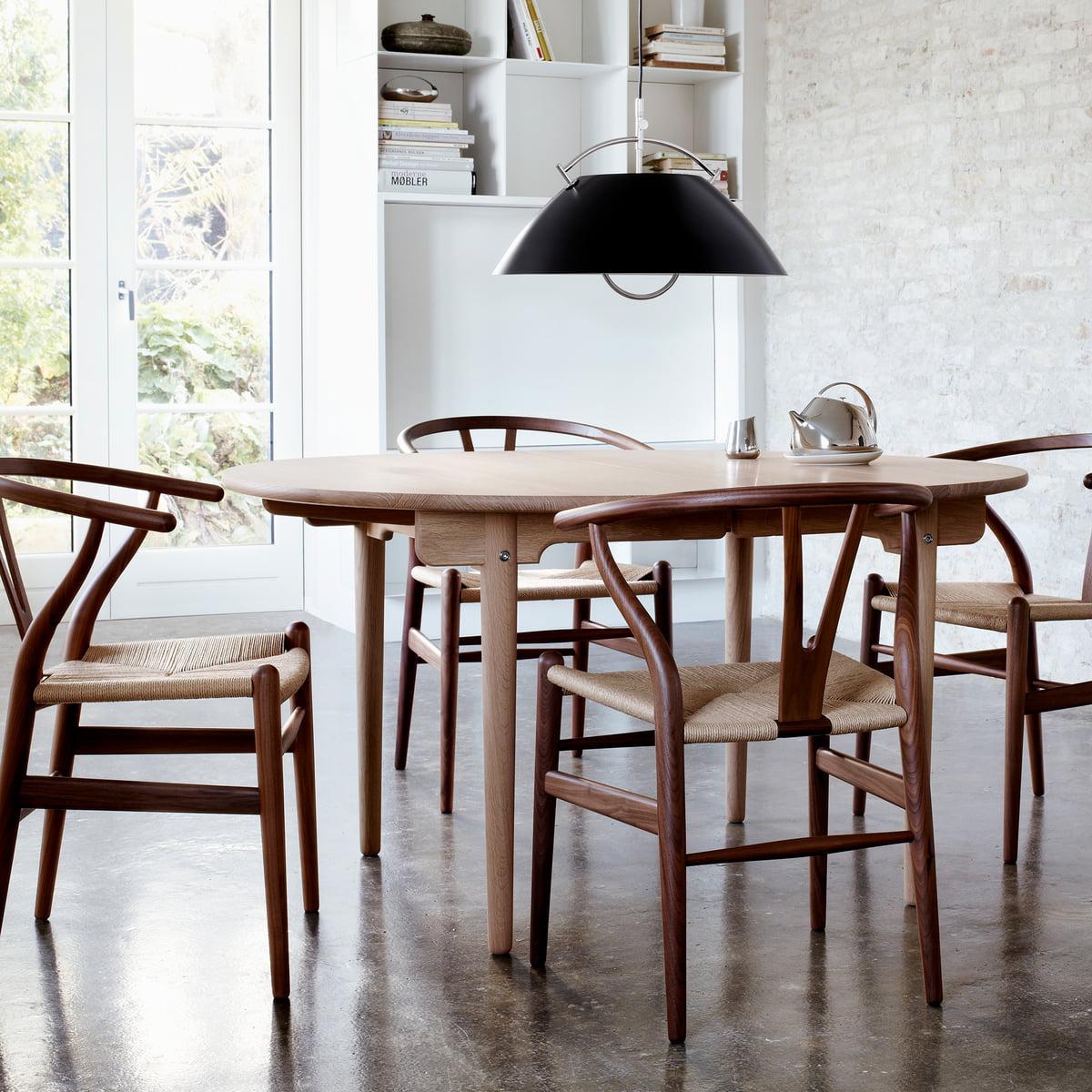 ch337 ausziehbarer esstisch von carl hansen connox. Black Bedroom Furniture Sets. Home Design Ideas