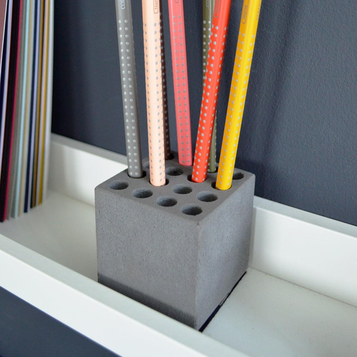 Stiftehalter Block von Korn Produkte   Connox