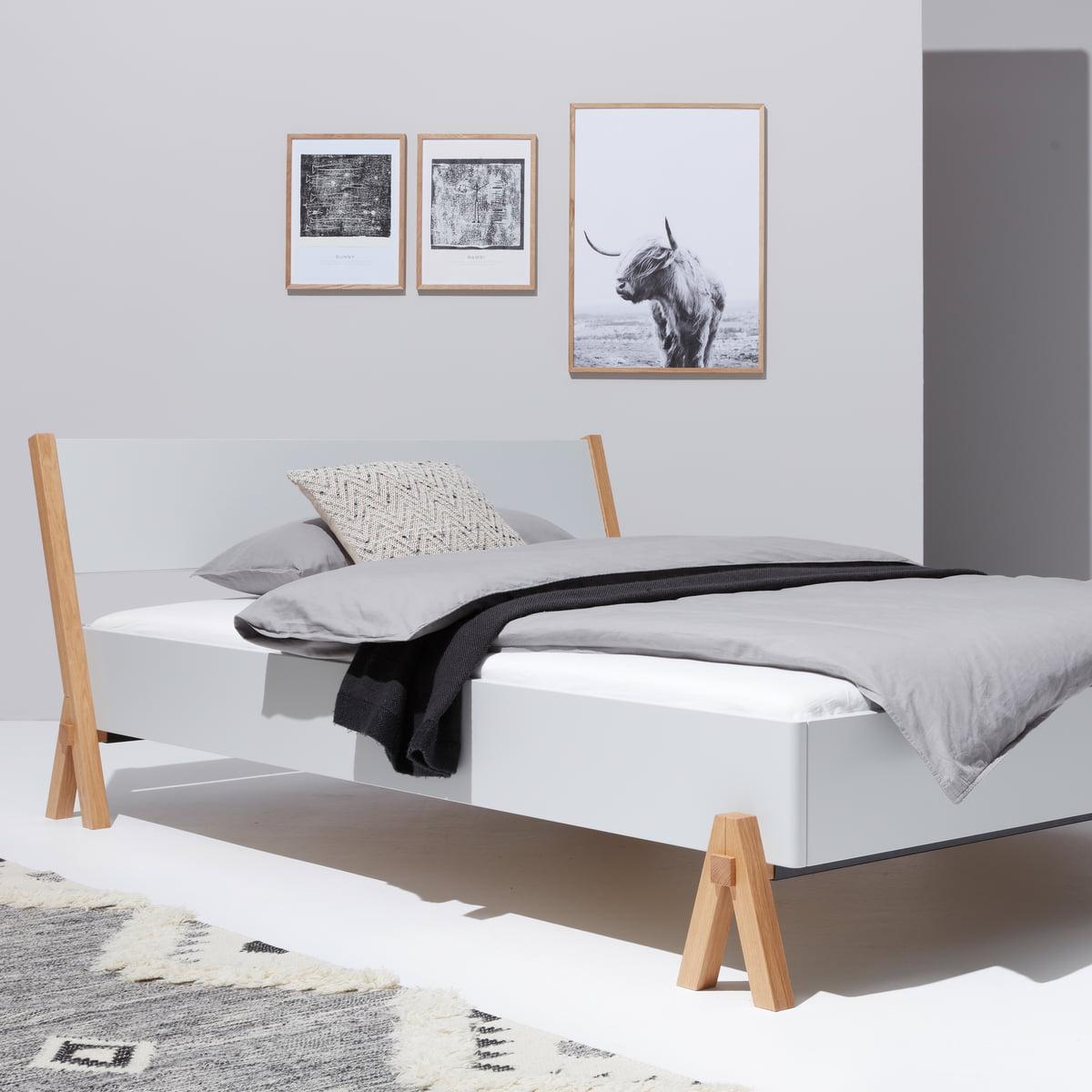 Boq Bett von Müller Möbelwerkstätten | Connox