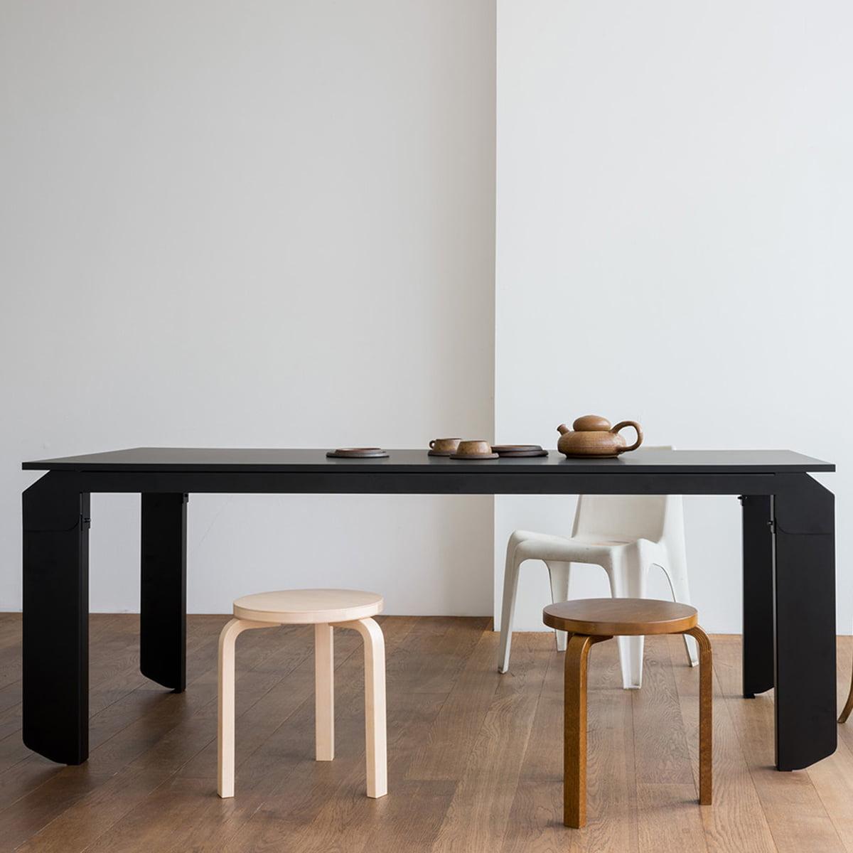 Objekte unserer Tage   Novak Tisch 20 x 20 cm, schwarz