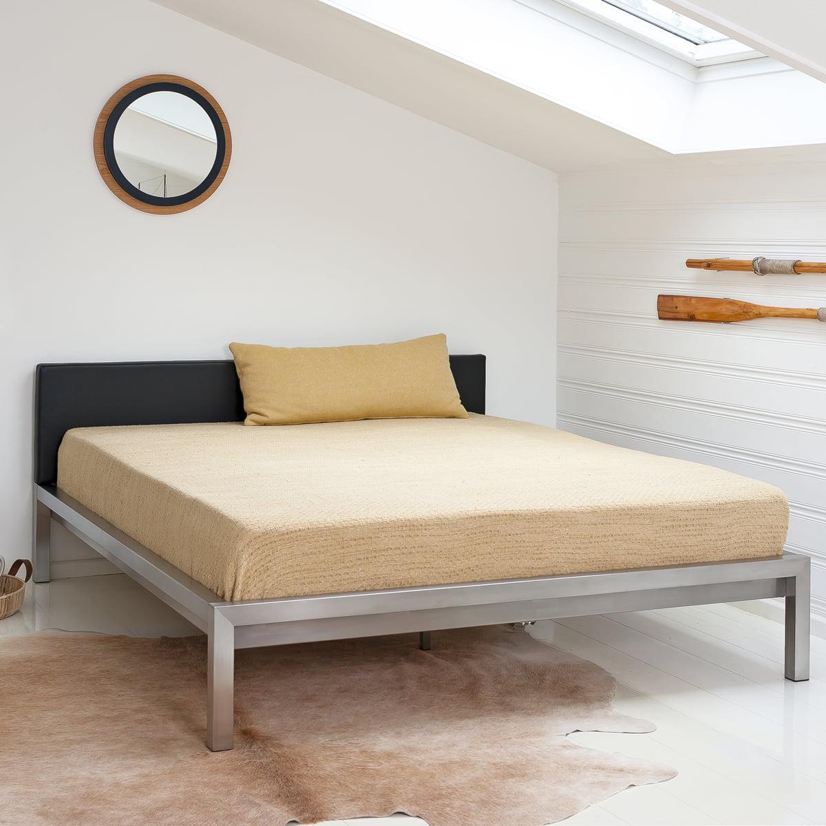 4effdfc2da Pure Bett von Hans Hansen im Schlafzimmerambiente