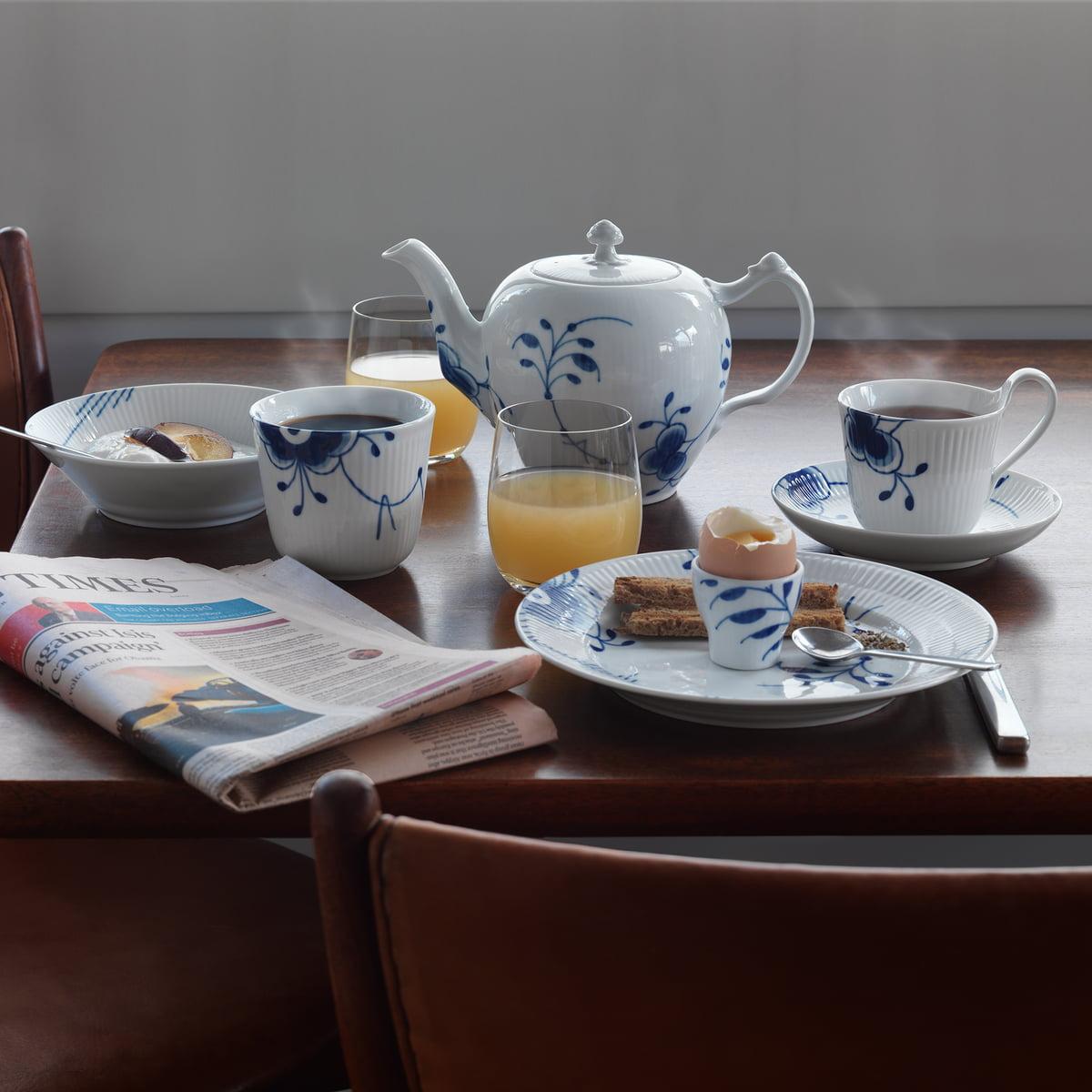 mega blau gerippt tassen und becher von royal copenhagen. Black Bedroom Furniture Sets. Home Design Ideas