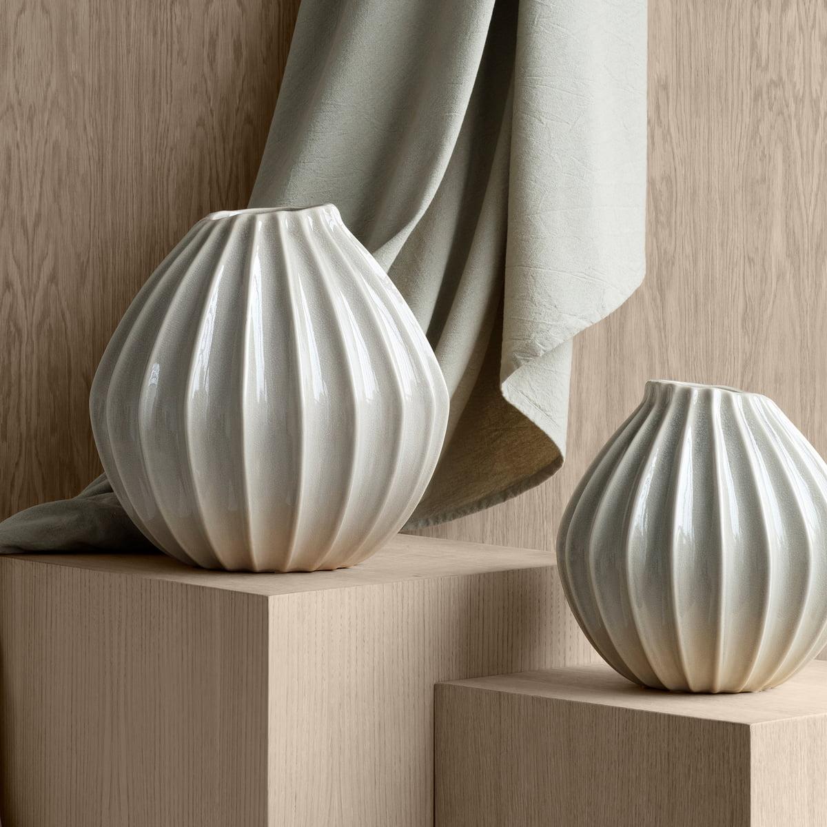 Broste Copenhagen   Wide Vase, Ø 20 x H 20 cm, smoked pearl