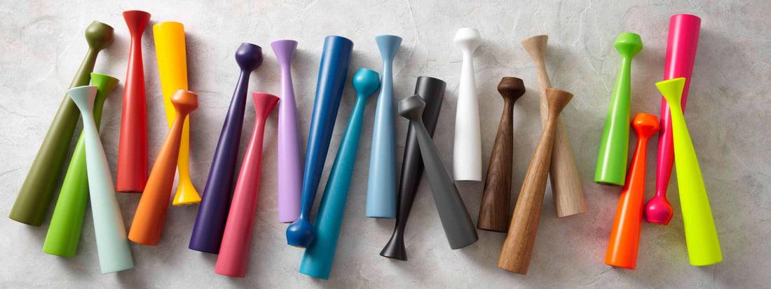 Von der dänischen Firma applicata stammen die Blossom Kerzenhalter. Die kegelförmigen Kerzenständer bestehen aus Holz und erstrahlen in vielen verschiedenen Farbtönen.