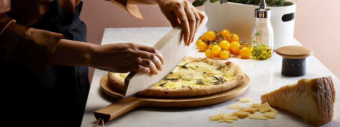 Eva Solo - Herstellerbanner. Eva Solo bietet Küchenutensilien und Accessoires, die das Kochen und Backen in der Küche erleichtern. Zudem zeichnen sich die Produkte durch ihr stilvolles Design aus.