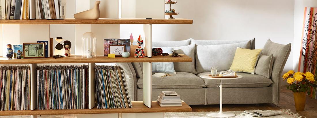 Vitra stellt die Design-Produkte von Charles & Ray Eames sowie George Nelson her. Produkte, wie der original Eames Chair oder der DSW Stuhl sind wahre Klassiker im Vitra-Sortiment.